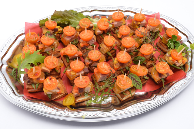 ピンチョス ジャンボンハムと野菜のテリーヌ