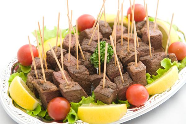 3-5 牛赤肉のステーキ風画像