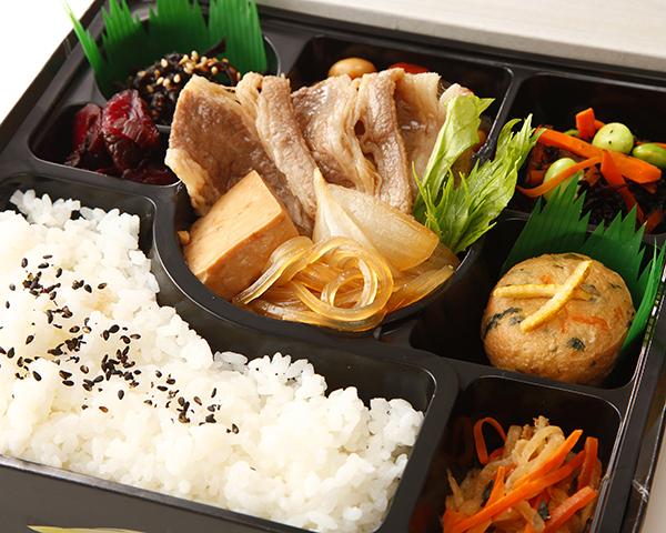 すき焼きと6種の季節の惣菜幕の内弁当