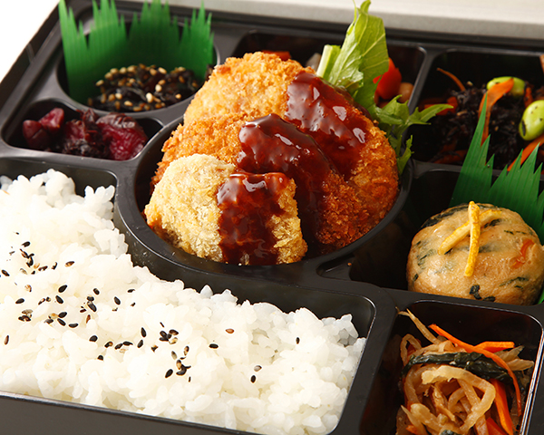 ミックスフライと6種の季節の惣菜幕の内弁当画像